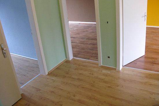 laminat verlegen muster stunning bevor sie mit der verlegung ihres zur laminat beginnen sollten. Black Bedroom Furniture Sets. Home Design Ideas